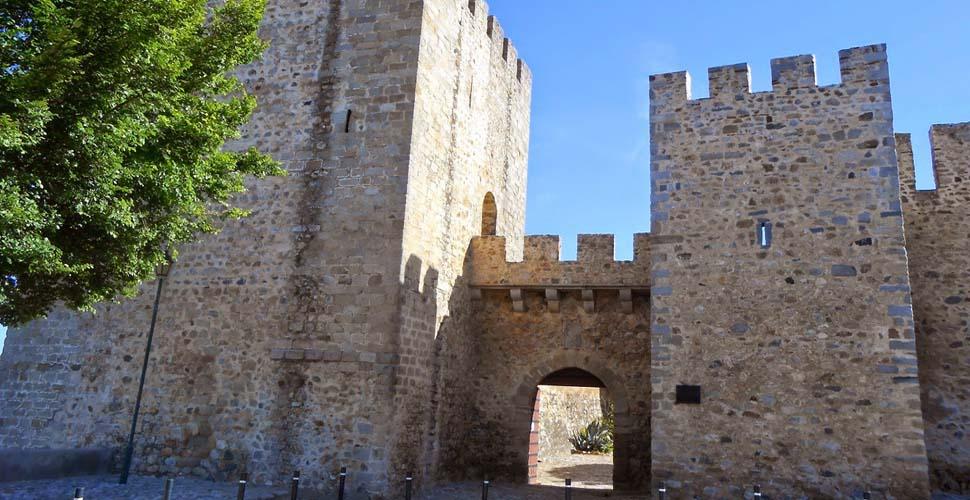 Visitas Guiadas al Castillo de Elvas en inglés, español y portugués con Antonio Carrasco, Guía Oficial de Turismo. AC Turismo.